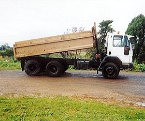 Camex Civil - History - 1998 Cambridge Excavators First Truck